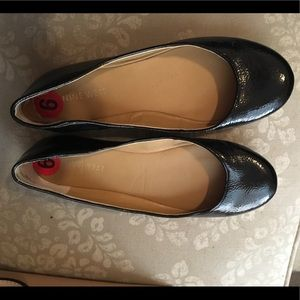 Nine West flats. Size 6